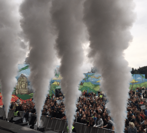 festival-utopia-island-co2-jets